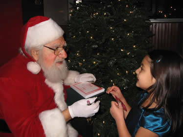 Meals-with-Santa-11