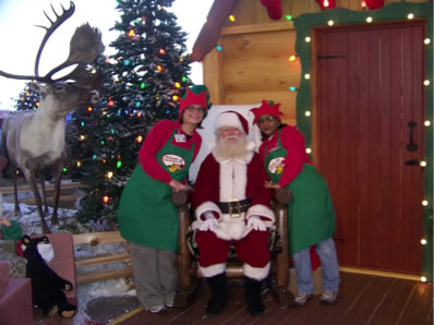 Santa-at-the-malls-_-Chicagoland-_-Illinois-area-9