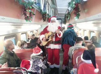 Santa-on-the-train-_-Polar-Express-14
