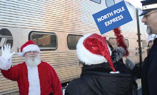 Santa-on-the-train-_-Polar-Express-41